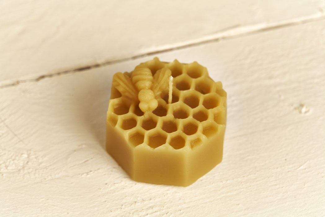 Octagonal  Beeswax Honycomb with Bee Candle