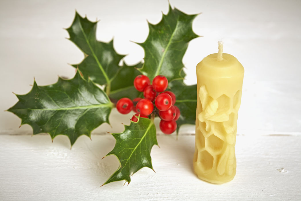 Honeycomb Candle with Bees (small)